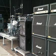 Center stage equipment