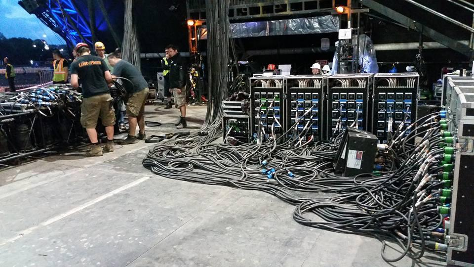 Stage lighting dimmer racks